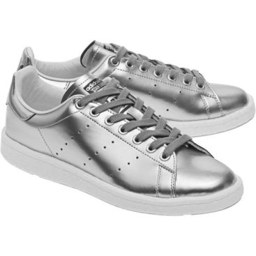 silver stan smith.jpg